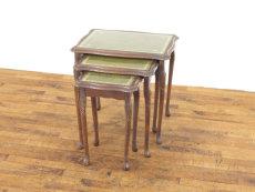 ガラストップネストテーブル